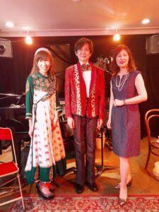 4/24 ギターバイオリンピアノトリオライブ at ZOMBI @ シャンソン・ド・ブーケ プティパリ